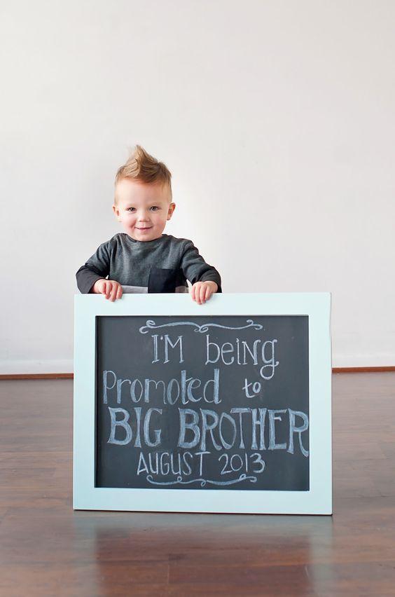 Ideas para anunciar un embarazo involucrando a los hermanos mayores en www.madreyblogger.com