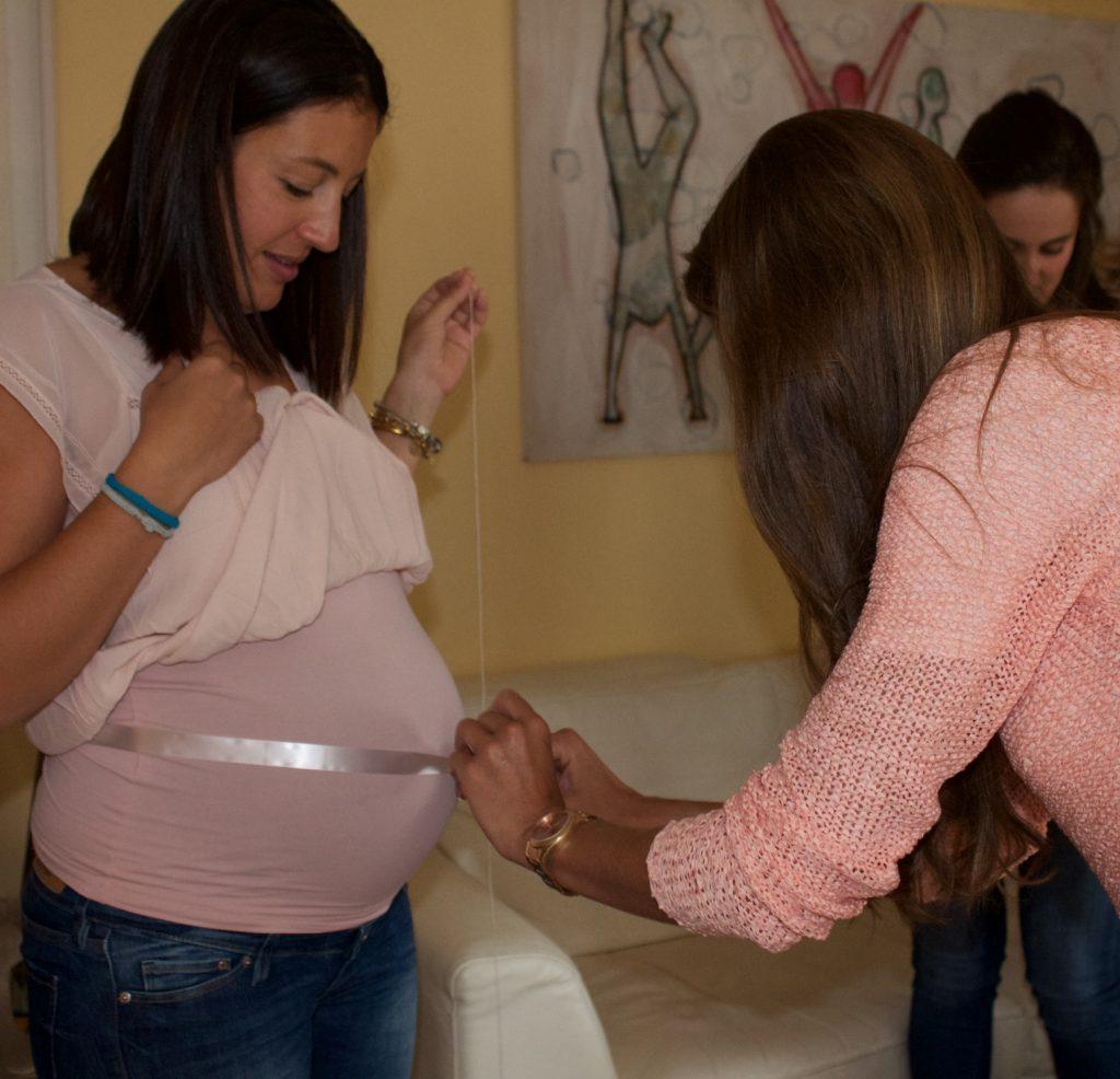 Juego: cuánto mide la barriga de la futura mami?